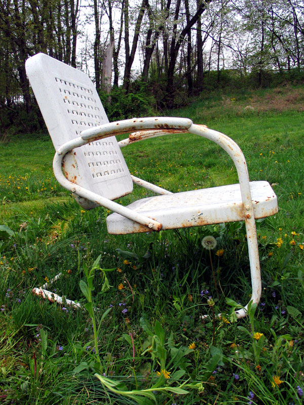 rusty lawn chair